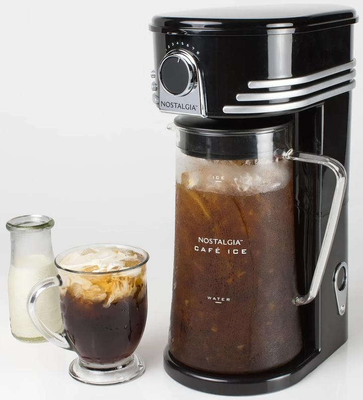 Nostalgia Iced Coffee And Tea Brewing System Render
