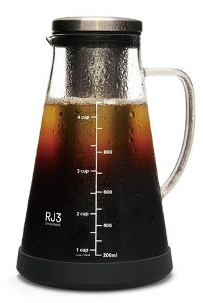 Ovalware Airtight Cold Brew Iced Coffee Maker And Tea Infuser Render
