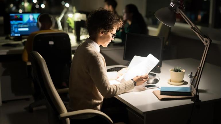 Modern desk lamps to light up your tasks and ideas.