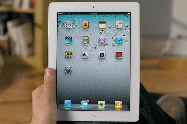 iPad 2 Review (White)