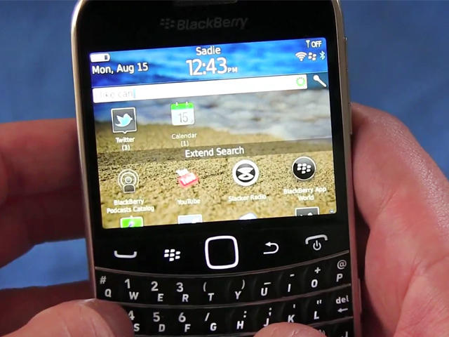 BlackBerry Bold 9900 vs. Apple iPhone 4 - Return to Forever