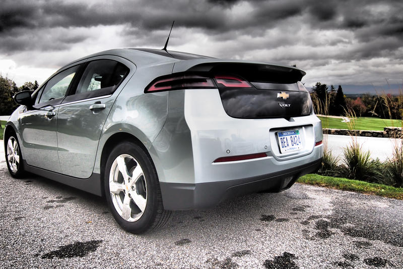 Chevy-Volt-MVR-Dramatic-Back