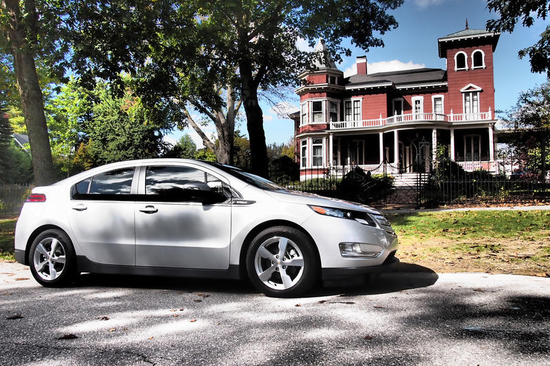 Chevy-Volt-Stephen-King-House