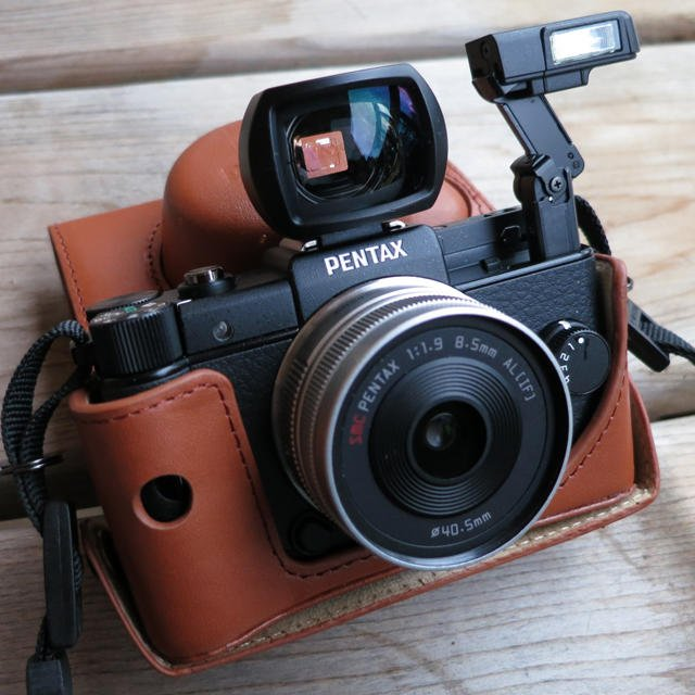 Pentax-Q-Flash-VF
