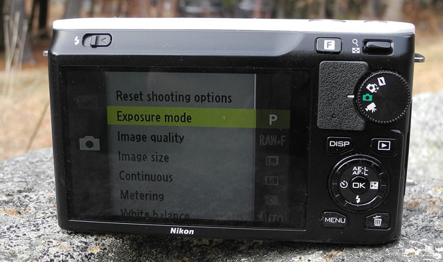 Nikon-1-J1-Back-Shooting-Modes
