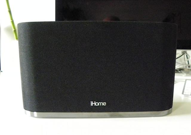 iHome iW2 AirPlay Speaker - front