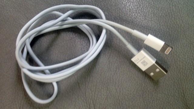 apple-iphone-5-dock-connector