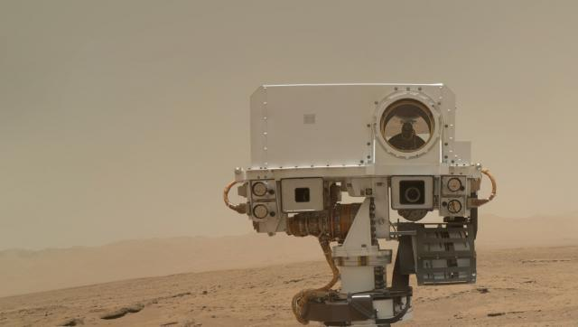 nasa-curiosity-rover-self-portrait