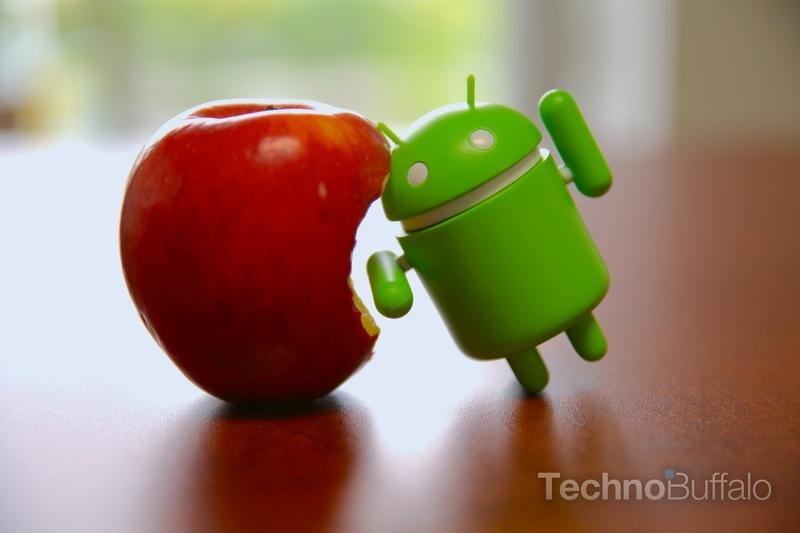 Apple-VS-Android-Toy-VS-Fruit-2