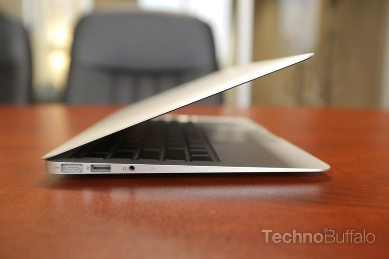 macbook-air-11-inch-002