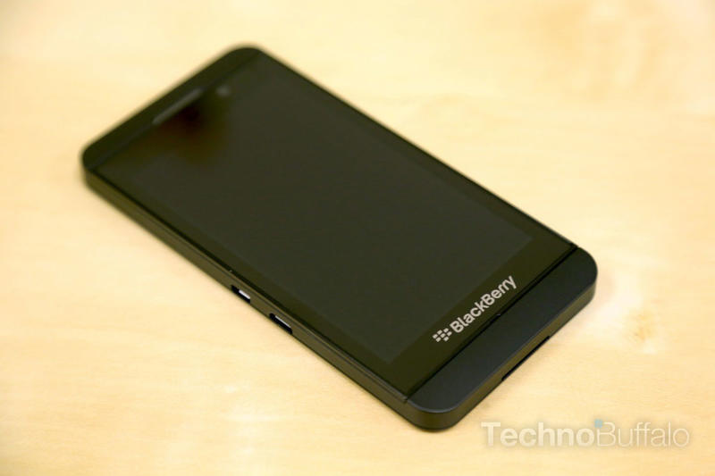 BlackBerry Z10 unboxing