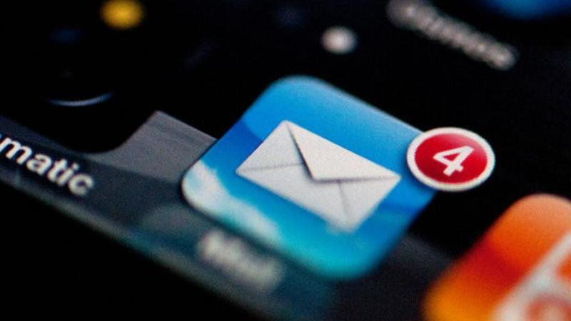 email-exchange-iphone