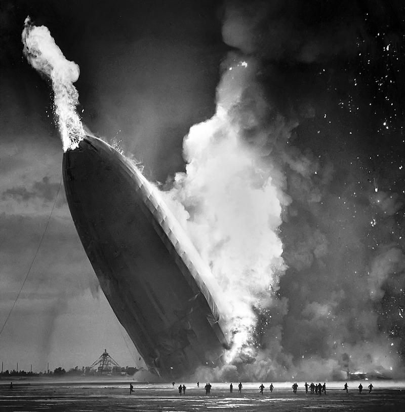 Hindenburg's Tail Fire, Crashing to the Ground