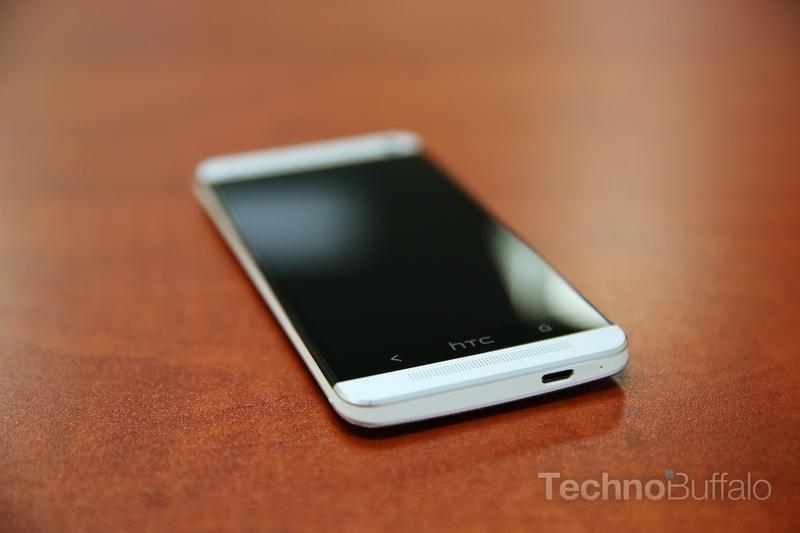 HTC One Review - Bottom - Cal Quality