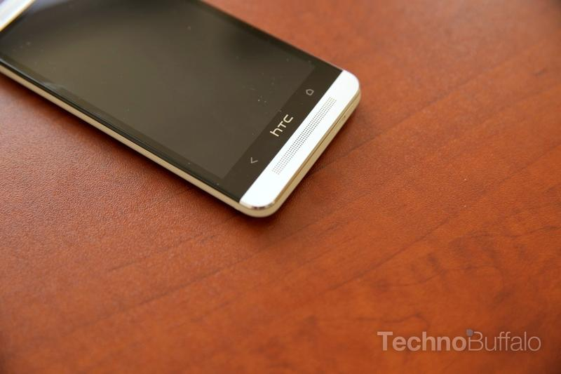 htc-one-unboxing-001