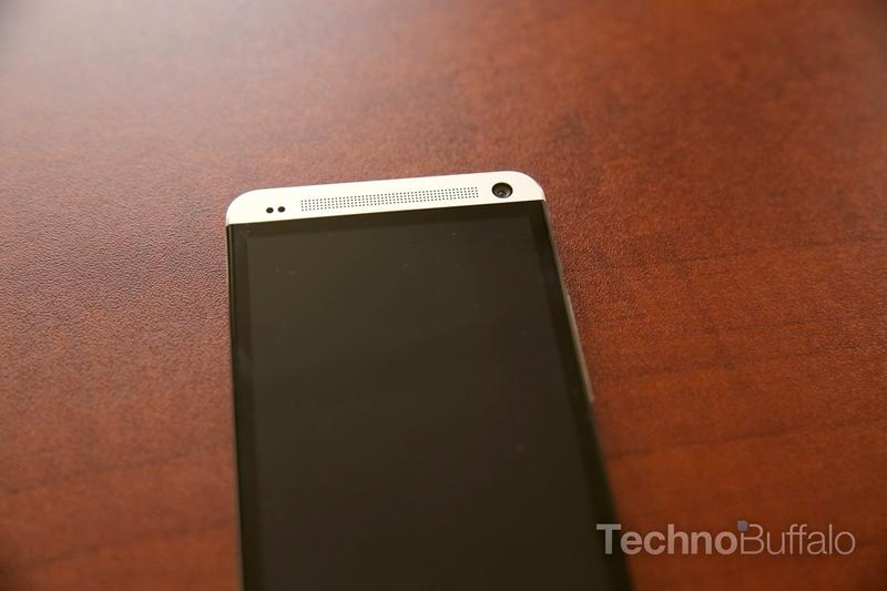 htc-one-unboxing-002