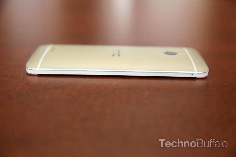 htc-one-unboxing-007