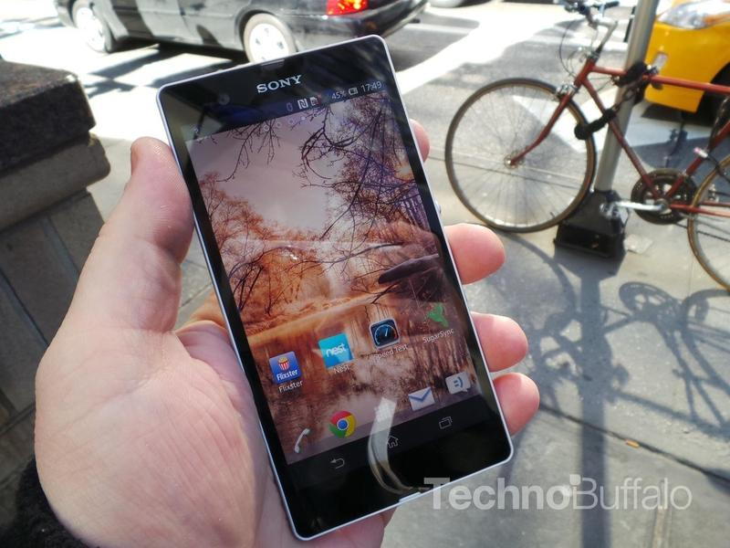 Sony Xperia Z Review - Software - Homescreen
