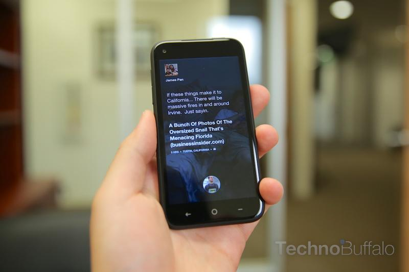 HTC First Review-Home Screen
