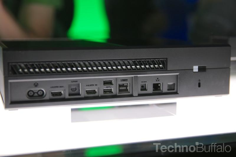 E3-2013-Microsoft-Xbox One-Back