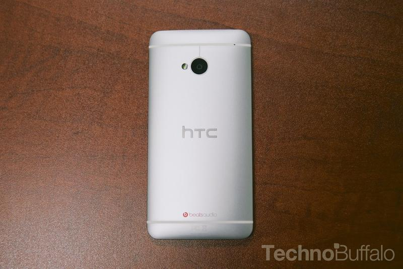 HTC One Google Play Edition-Back