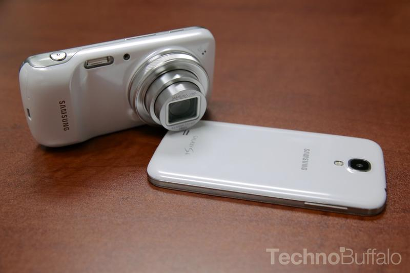Samsung Galaxy S4 VS Galaxy S4 Zoom-4