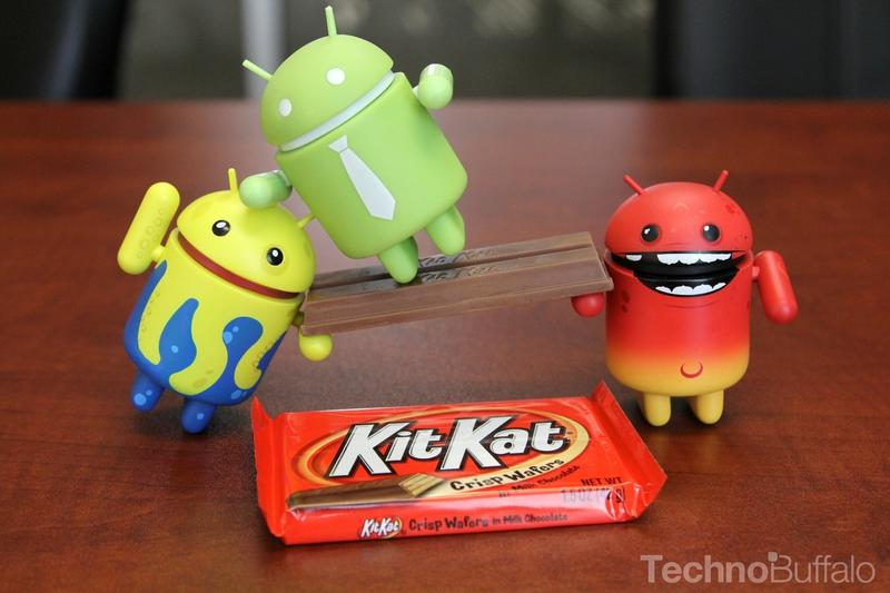 Android KitKat - Yellow, Red and Green Mascots, KitKat Bridge