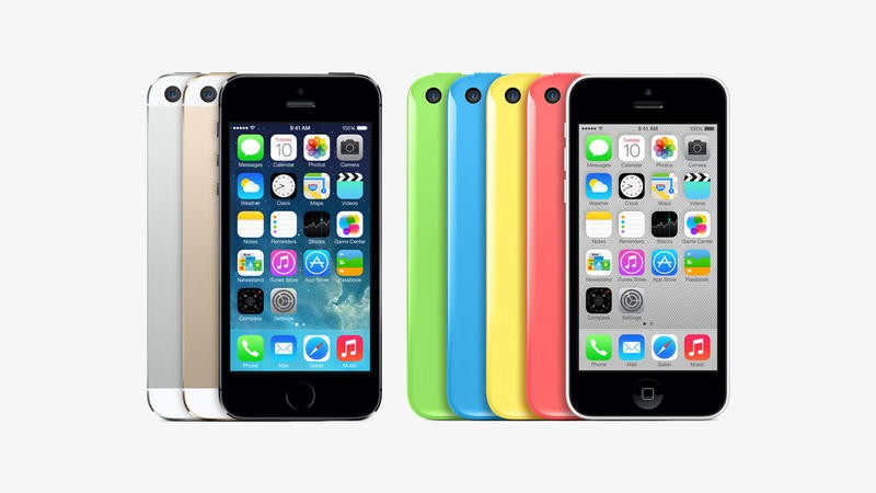 iPhone 5s and iPhone 5c on Light Grey