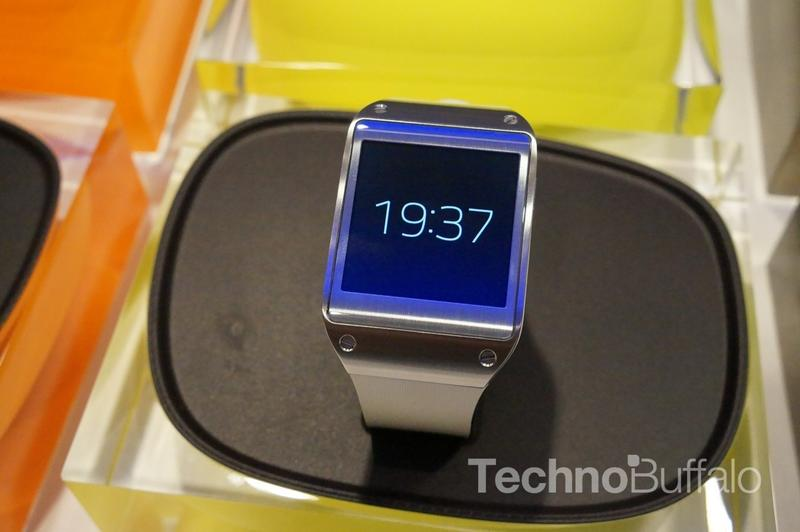 Samsung Galaxy Gear - IFA 2013 - 03