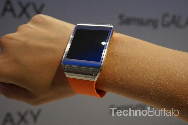 Samsung Galaxy Gear - IFA 2013 - 13