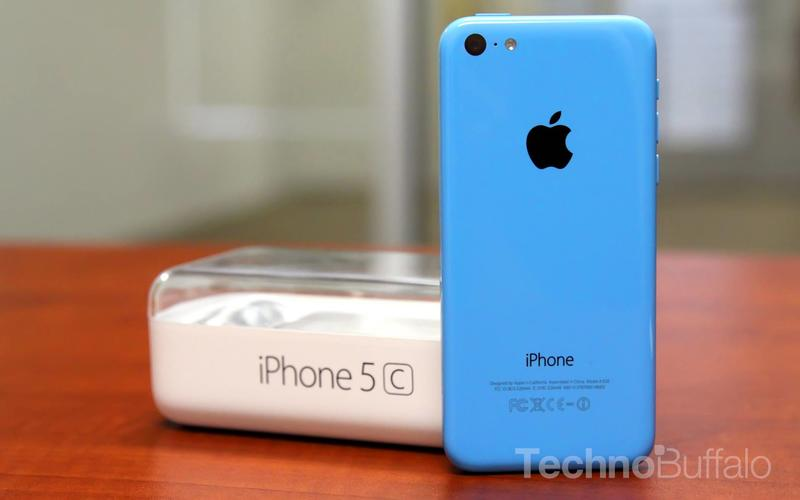 iPhone 5c - Review - Hero - 001