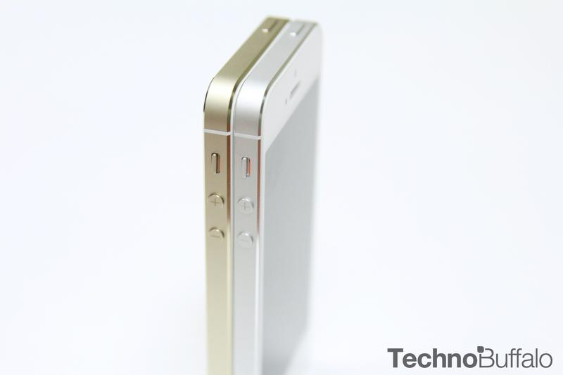 iPhone 5s Gold, Silver, Standing