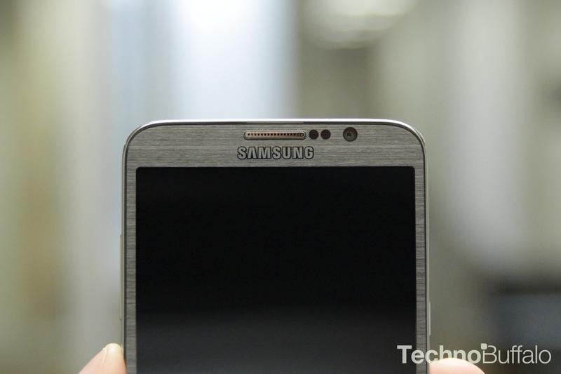 Samsung Galaxy Round-Camera-Front
