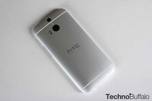 HTC One M8-Google Play Edition-Silver-2