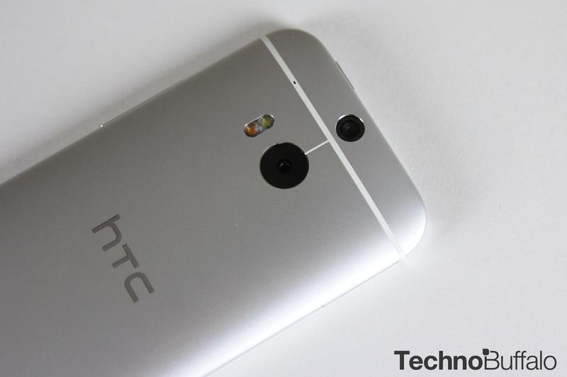 HTC One M8-Google Play Edition-Silver-3