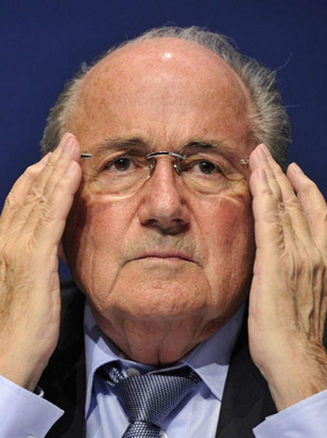 Sepp-Blatter-looks-on-during-a-press-conference