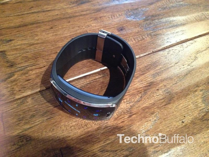 Gear S Data Plan Could Cost You $10 Per Month | TechnoBuffalo