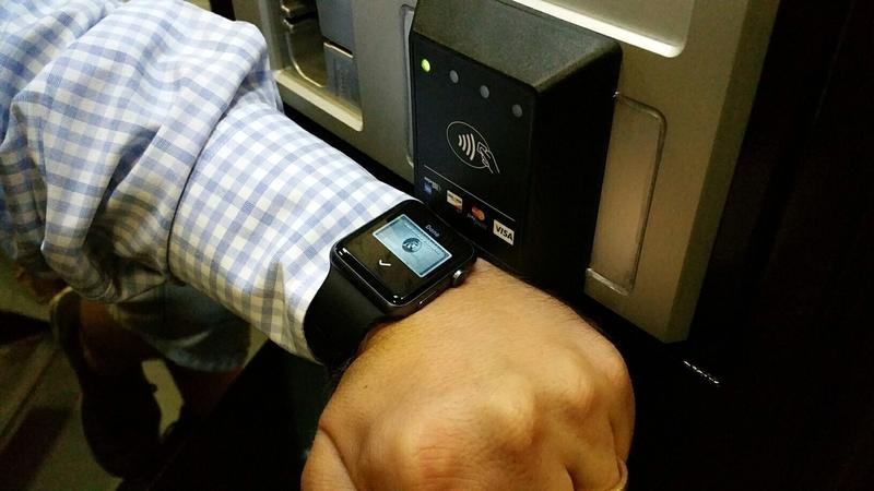 Cale Apple Pay Payment With iWatch