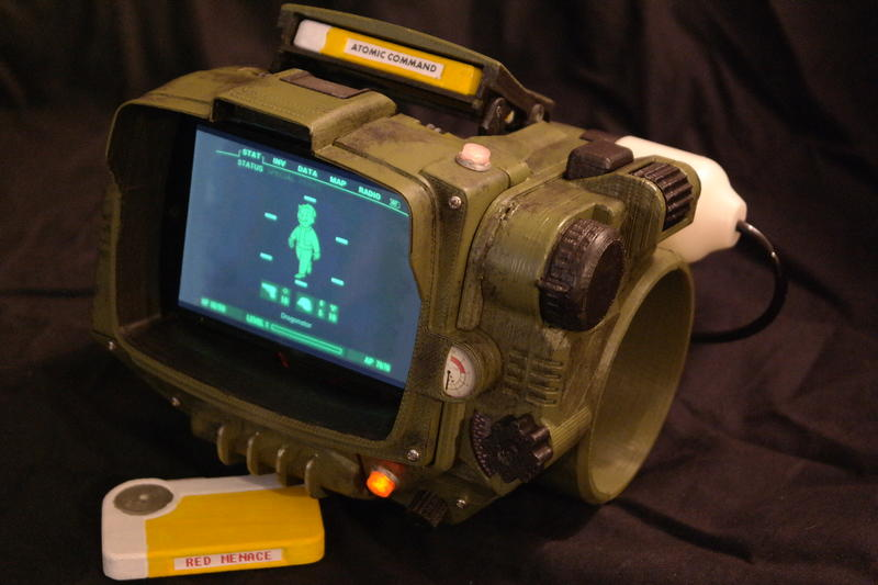 3D-print your own Fallout 4 Pip-Boy, fight the man, schematics