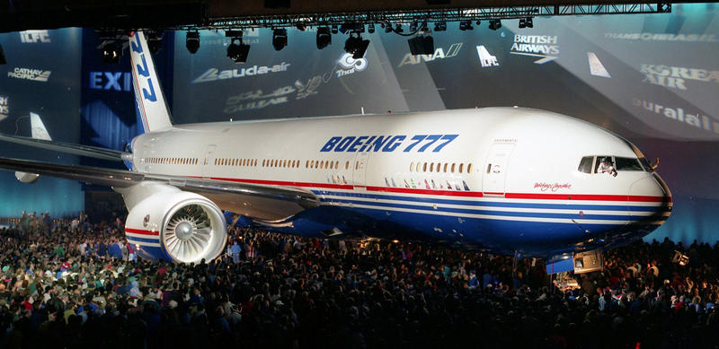 Boeing-777-Rollout-House-Scheme