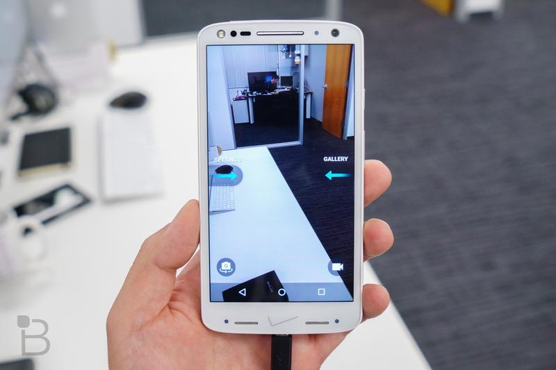 DROID Turbo 2 unboxing: Is this thing really shatterproof