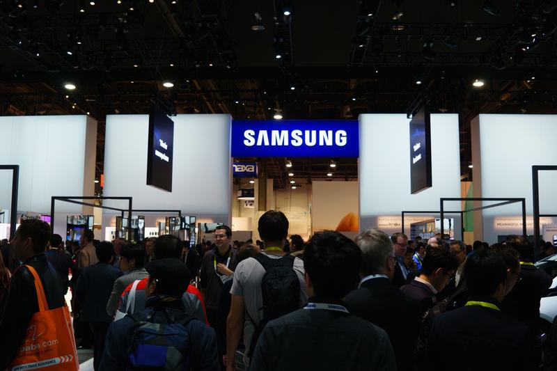 CES 2016 Booth Samsung-5