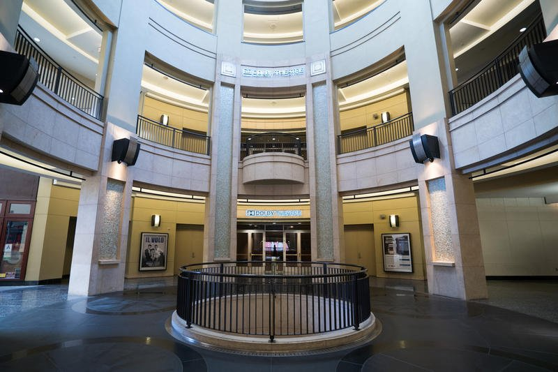 Dolby Theatre Exterior_2