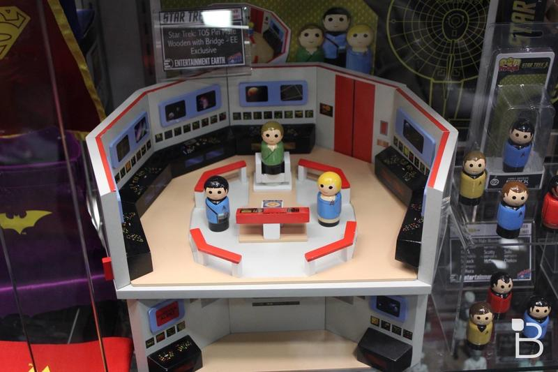 SDCC 2016 Entertainment Earth - 12