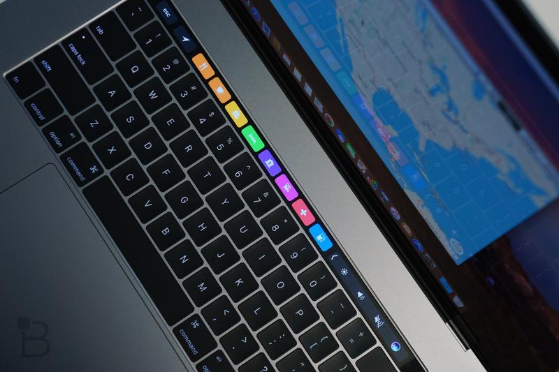macbook-pro-touch-bar-review-7