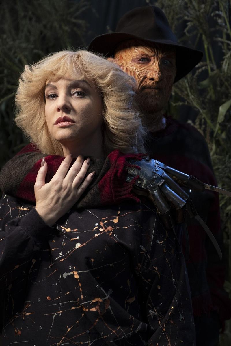 detailed look f2b97 24beb Original Freddy Krueger Returns in Terrifying New Images for The Goldbergs