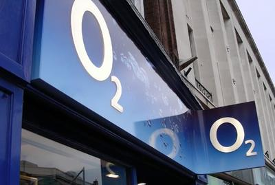 O2 store sign