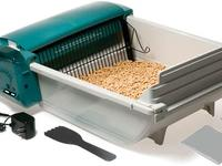 Don't clean your cat box the old-fashioned way — get a self-cleaning one!