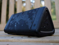These powerful Oontz Angle 3 Bluetooth speakers are up to half off today