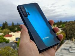 A few minutes with the new Honor 20 Pro was more than enough
